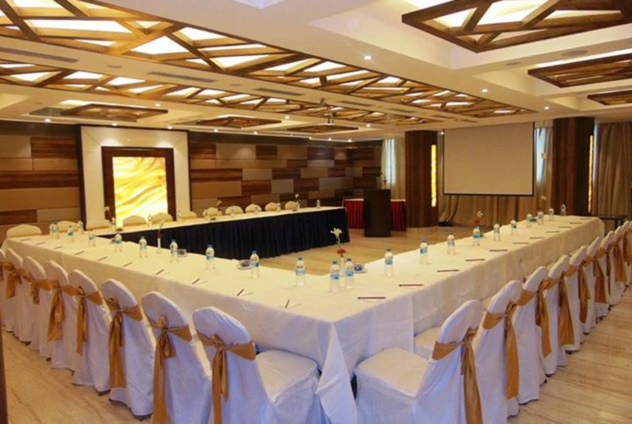Hotels in Pune Deccan Provides you an ideal choice for your grand celebrations